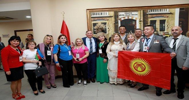 """""""Türk DünyasıFestivali"""" katılımcıları Seyhan'da"""